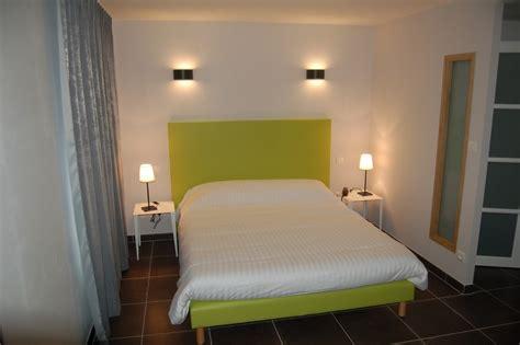 chambre troglodyte saumur hôtel troglodyte rocaminori à louresse rochemenier 49