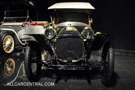 COACHBUILD.COM - Ghia Exner Bugatti T101C #101506