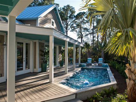 poolside patios hgtv