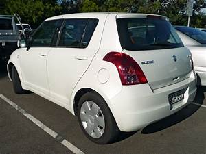 Suzuki Swift 2009 : file 2008 suzuki swift rs415 5 door hatchback 2009 11 11 jpg wikimedia commons ~ Gottalentnigeria.com Avis de Voitures