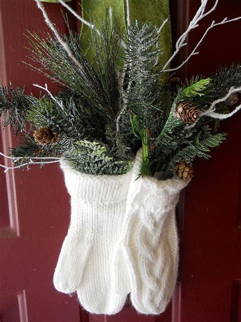 winter deko ideen zu hause wei 223 e handschuhe haust 252 r weihnachtsdeko sch 246 ne