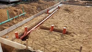Bewehrung Bodenplatte Aufbau : kanalarbeiten kg rohre f r regen und schmutzwasser verlegt ~ Orissabook.com Haus und Dekorationen