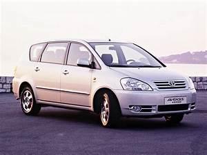 Toyota Verso Dimensions : toyota avensis verso specs photos 2001 2002 2003 autoevolution ~ Medecine-chirurgie-esthetiques.com Avis de Voitures