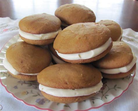 amish whoopie pie recipe predilections easy pumpkin