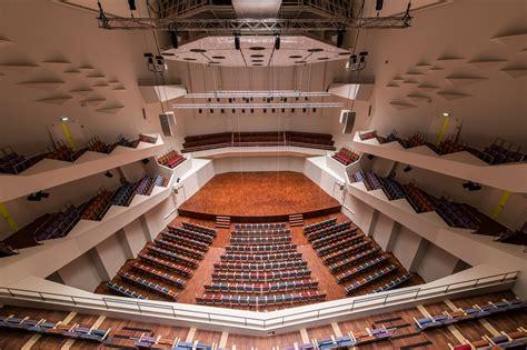 Lielā zāle - Koncertzāle 'Lielais dzintars'