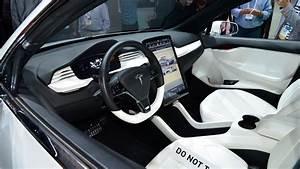 Teasing Teslas – Model X SUV previewed | carwow