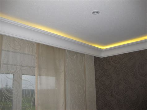 Led Indirekte Beleuchtung Fürs Wohnzimmer by Indirekte Beleuchtung Stuck Mit Led Stuck Dekor
