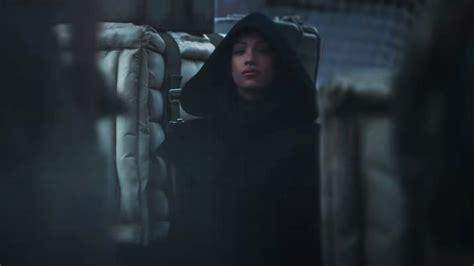 The hooded figure in The Mandalorian season 2 trailer