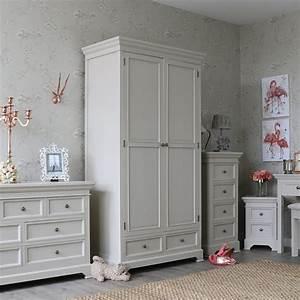 Kleiderschrank Grau Holz : grau holz doppel kleiderschrank shabby vintage chic land schlafzimmer ebay ~ Frokenaadalensverden.com Haus und Dekorationen