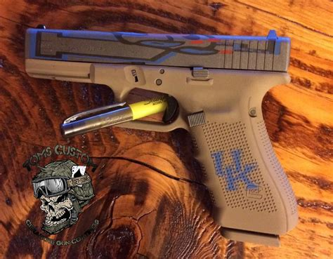 Custom Glock With A Custom Uk Theme Toms Custom Guns