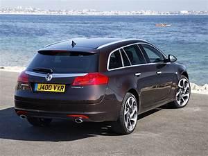 Opel Insignia 2012 : vauxhall insignia 4 4 biturbo sports tourer 2012 vauxhall insignia 4x4 biturbo sports tourer ~ Medecine-chirurgie-esthetiques.com Avis de Voitures