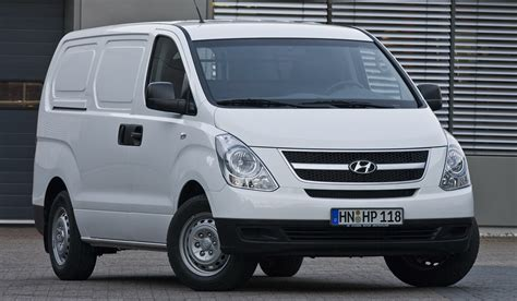 Review Hyundai H100 by Hyundai H100 Porter 2600 Crew Cab Photos Reviews News