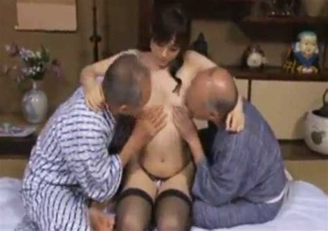 Tríos de videos caseros de sexo enano