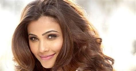 daisy shah biography wiki dob age height weight