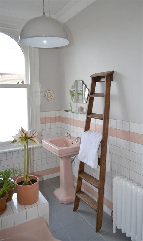 spectacularly pink bathrooms that bring retro style back