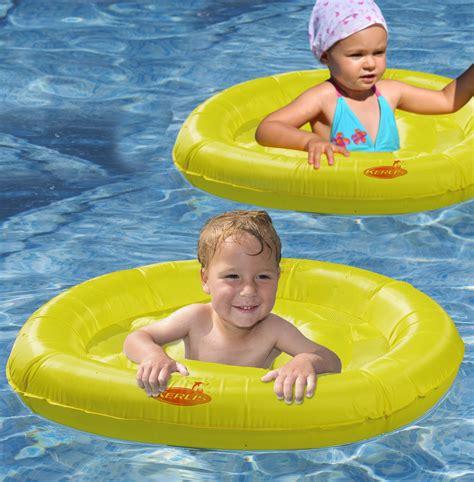 siege flottant pour piscine electrolyse au sel pour traitement de l 39 eau de la piscine