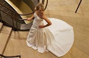 Rivergate goodwill hosting wedding dress sale for Nashville wedding dress shops