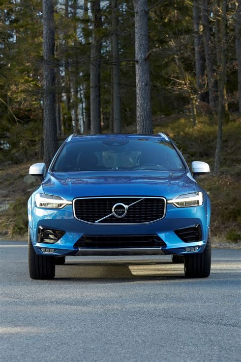 new volvo volvo s all new xc60 suv makes global debut 80 pics video