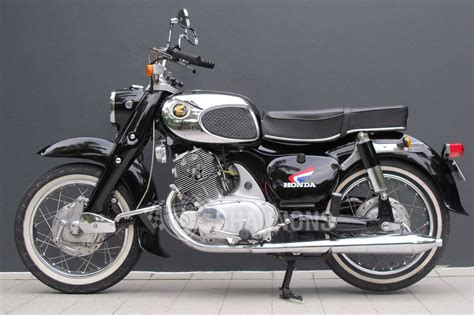 Motorcycle :  Honda Dream 305cc Motorcycle Auctions