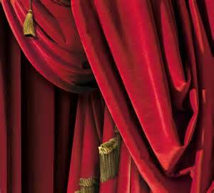 trompe l oeil wallpaper by christophe koziel rideaux de th 233 226 tre rouges droite tromp