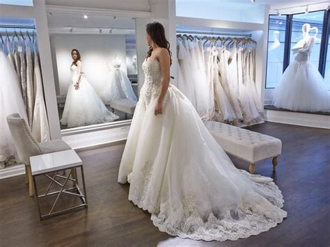 The Best Bridal Shops In Chicago For The Perfect  Ee  Wedding Ee   Dress