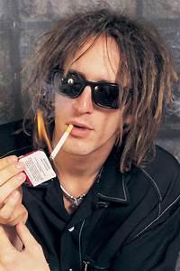 Izzy Stradlin Photo 30 Most Embarrassing Rock Star