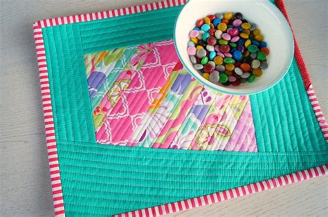 scrappy quilted diy placemats allfreesewingcom