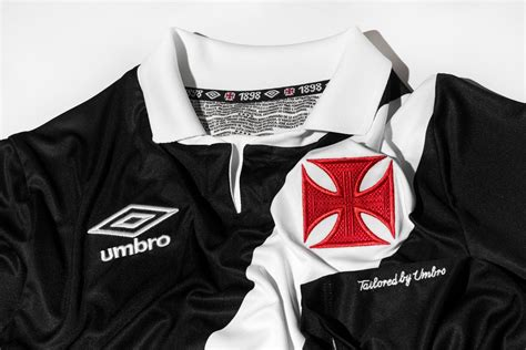4.5 out of 5 stars 143. FlagWigs: Umbro Vasco da Gama 2014-2015 Home and Away Jersey Shirt Kit / Have a Fun Flag Wig