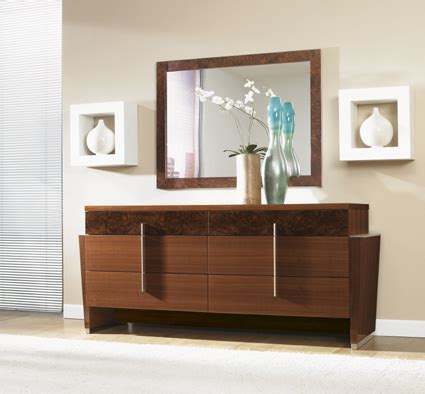 Bedroom Dresser Why You Should Have One?  Kris Allen Daily