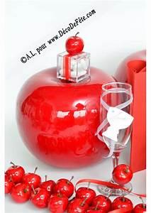 Pomme Rouge Deco : 1 pomme rouge deco fausse pomme ~ Teatrodelosmanantiales.com Idées de Décoration