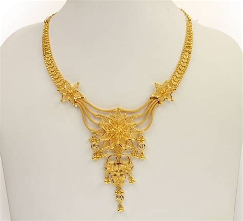 165poster jpg 1 104 215 1 004 pixels gold jewelry pinterest necklace designs gold necklaces