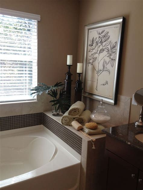 Master Bathroom  Decor Around Tub  Nenin Decor. Light Up Halloween Decorations. Metal Flowers Wall Decor. Nate Berkus Decor. Twin Bed Decorating For Guest Room. Little Girls Room Decor. Decorative Towel Sets. Ideas For Decorating Top Of A Coffee Table. Rooms For Rent Corpus Christi