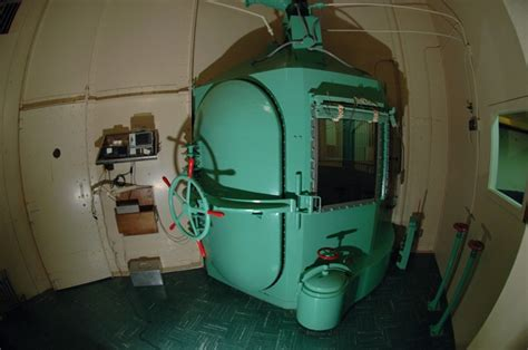 execution chambre a gaz gas chamber when a condemned inmate is scheduled for