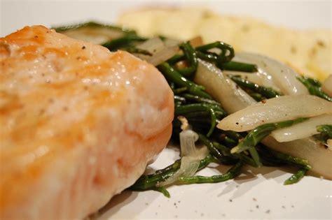 salicorne cuisine saumon poêlée de chicons et salicorne petit de