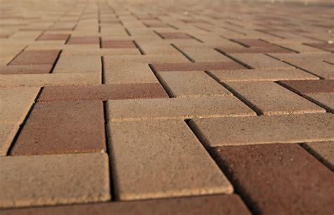 landscape contractors  boost installation efficiency