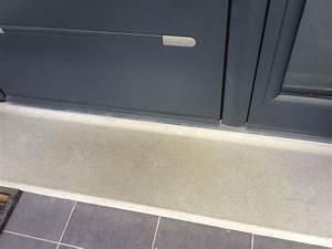 Etancheite Bas De Porte Entree : porte d 39 entr e nettoyer seuil b ton lisse ~ Premium-room.com Idées de Décoration