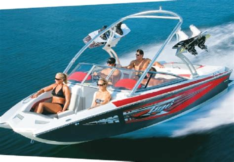Best Ski And Wakeboard Boats by Ski Wakeboard Boat Buyers Guide Boatmags