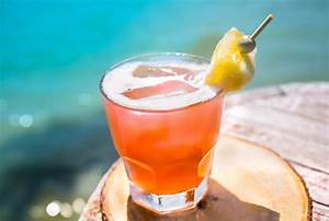 5 Popular Mai Tai Cocktail Recipes, But Which One To Choose?