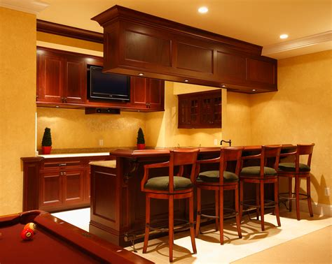 selecting the right wall color for your space homes
