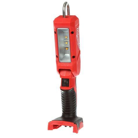 m18 cordless led work light milwaukee m18 18 volt lithium ion cordless 140 lumen led