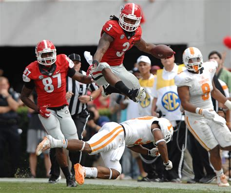 todd gurley hurdle  tennessee defender   win