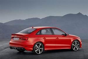 Audi Rs 3 : official 2017 audi rs3 sedan gtspirit ~ Medecine-chirurgie-esthetiques.com Avis de Voitures