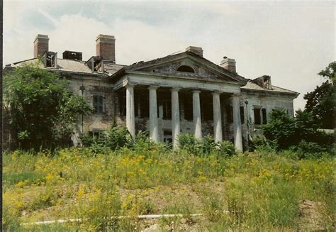 Abandoned Mansions In America