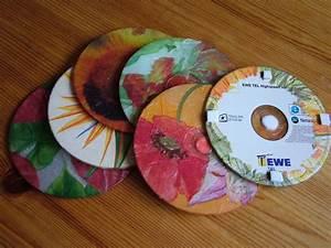 Mit Cds Basteln : alte cd 39 s mit serviettentechnik und so habe ich sch ne gl ser untersetzer kreativ ~ Frokenaadalensverden.com Haus und Dekorationen