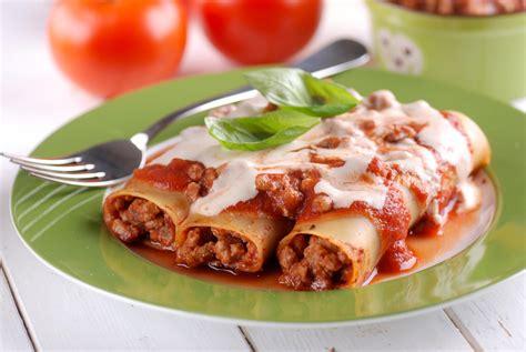 cuisine italienne cannelloni cannellonis à la bolognaise une recette italienne