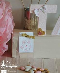 theme fleur pour un bapteme ou un anniversaire deco la With tapis chambre bébé avec boite a dragees fleur