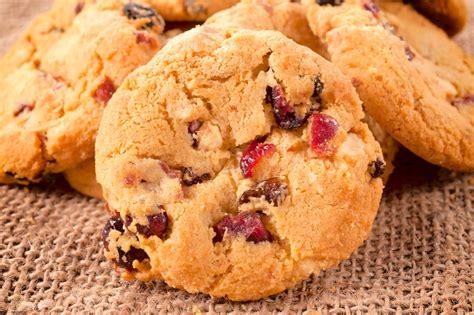 cuisiner quinoa cookies au quinoa cranberries et baies de goji recette