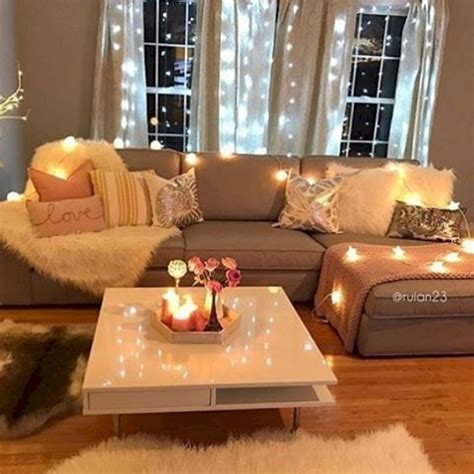 cozy apartment decorating ideas   budget  couture