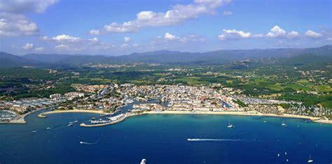 cuisine maxi plage de port grimaud patrimoine naturel grimaud golfe de tropez tourisme