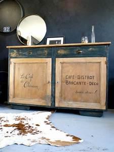 Beau buffet bahut en bois pour decoration campagne chic for Deco cuisine pour magasin meuble belgique